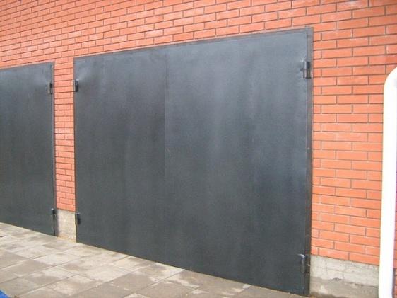 гаражные ворота износостойкие гаражные ворота бронированные заказать